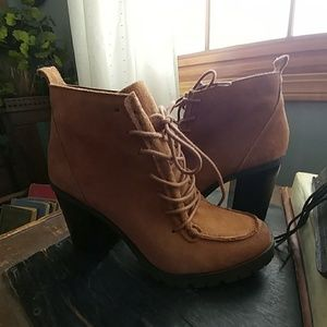 Circus Suede booties